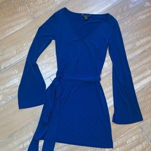 Moda International wide sleeve dress with tie belt